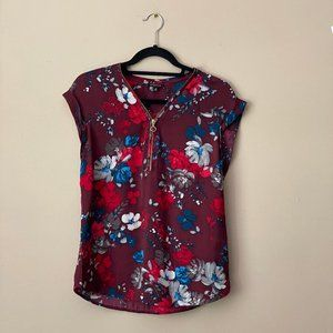 Dynamite red floral short-sleeve blouse
